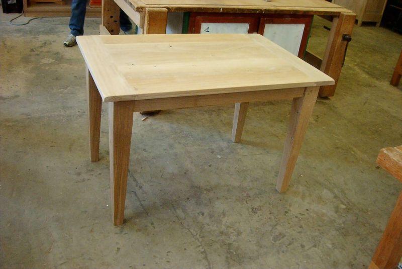 Table de restaurant table de cuisine le bois m tier ou passion for Table cuisine en bois nancy