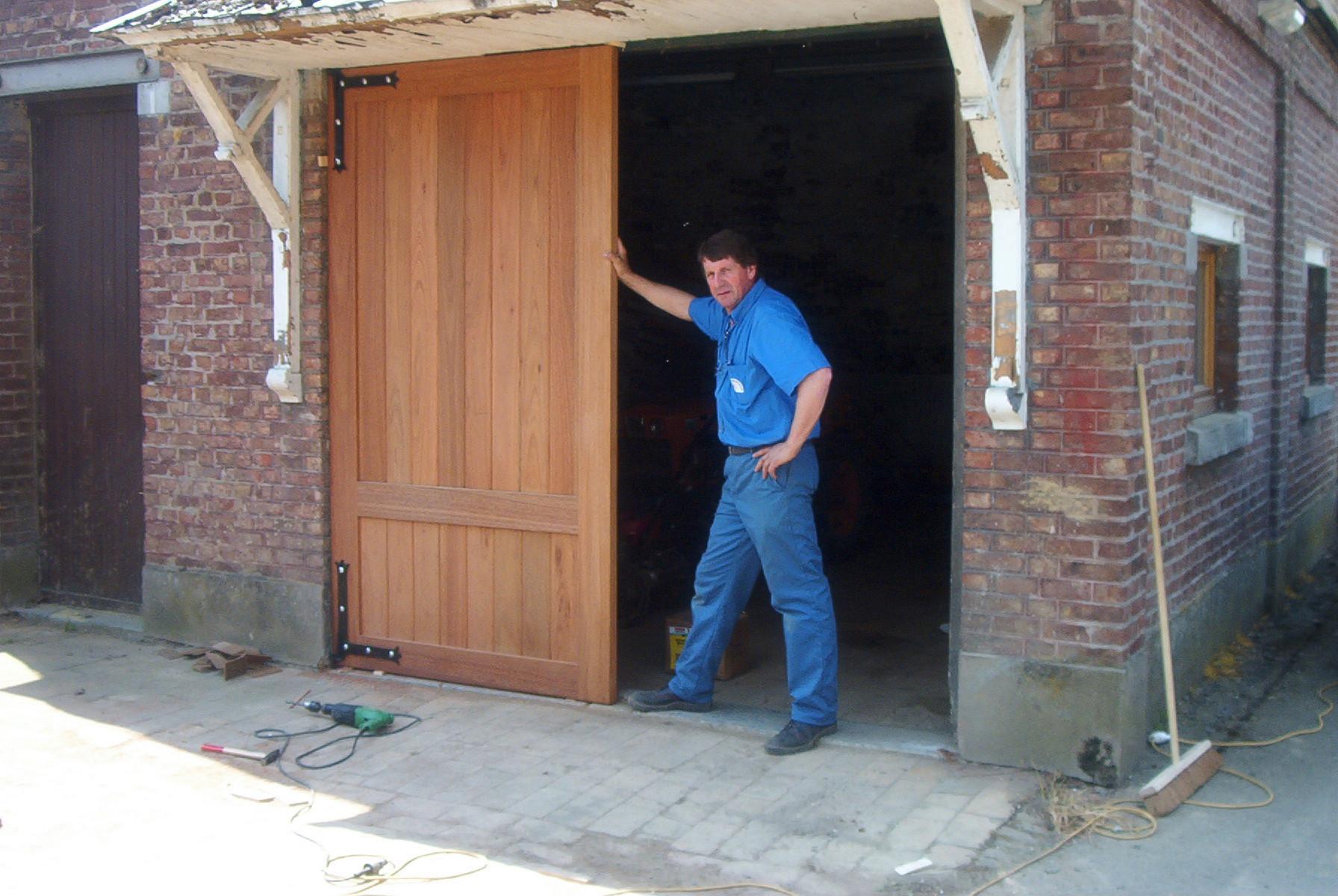 Menuiserie ext rieure portes ext rieures le bois m tier for Menuiserie exterieure